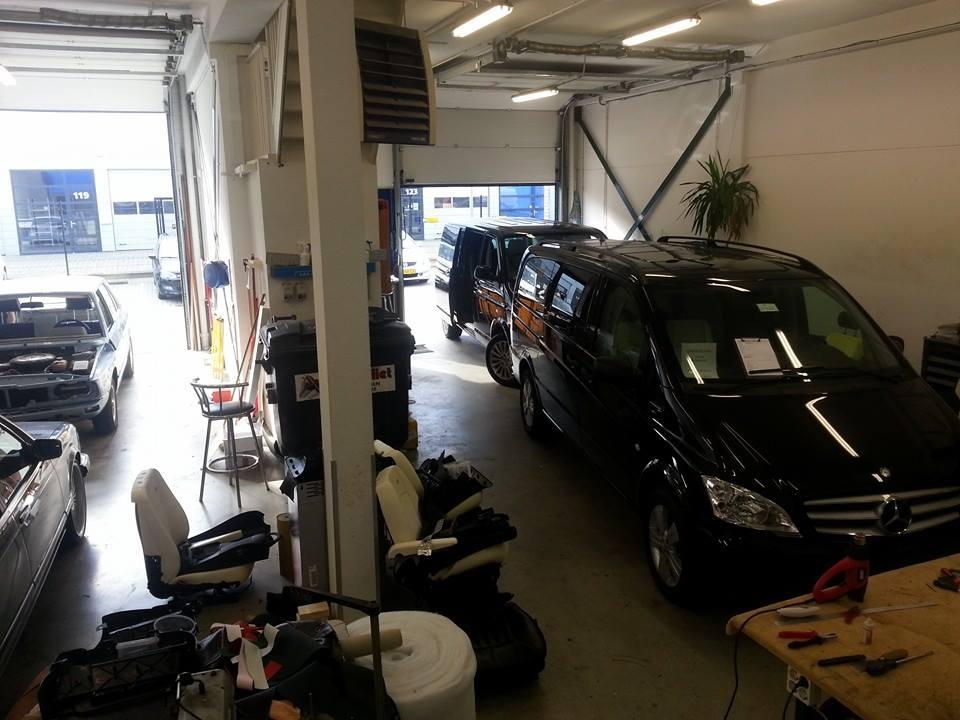 Auto & Interieur - Werkplek