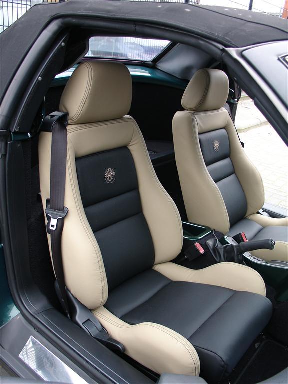 Alfa romeo spider auto interieur for Interieur alfa spider 2000