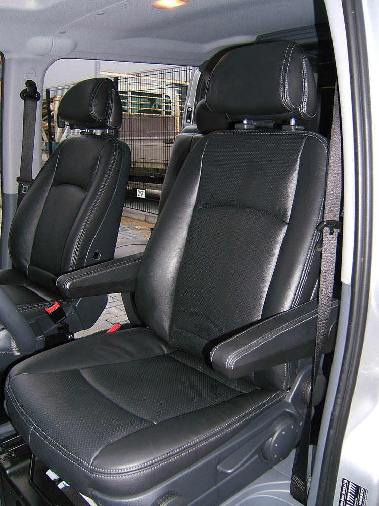 Mercedes vito v6 auto interieur for Interieur mercedes