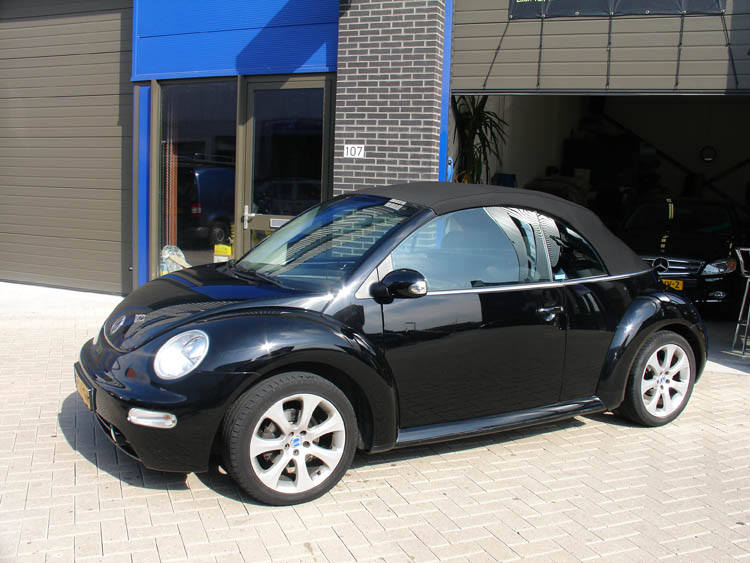 Volkswagen new beetle auto interieur for Interieur new beetle 2000